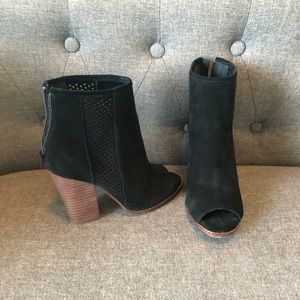Gianni Bini Peep Toe Booties